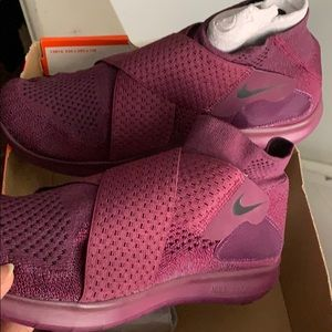 ‼️Brand New Nike Free Motion Shoes‼️